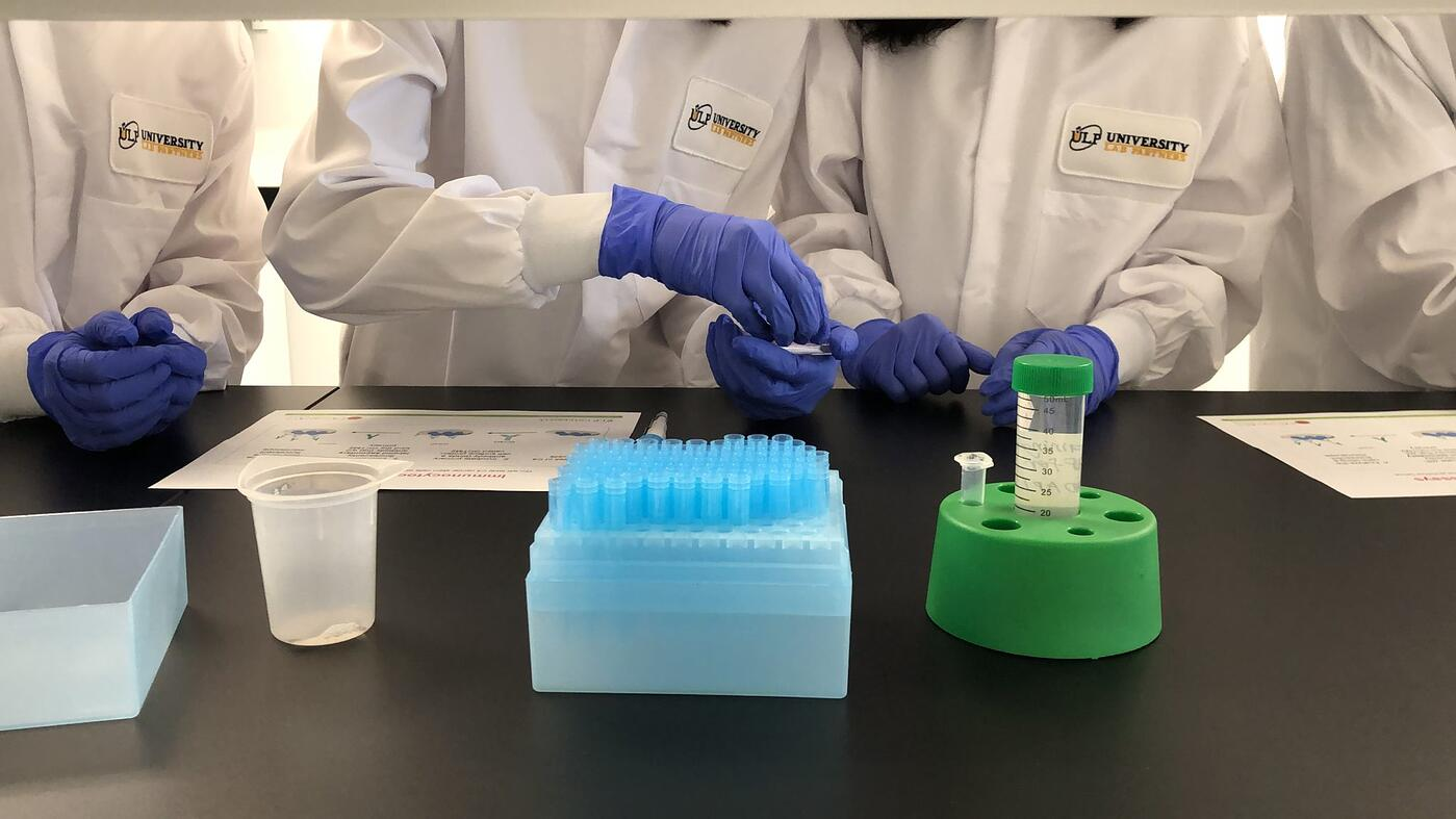 ULP Students conducting an experiment
